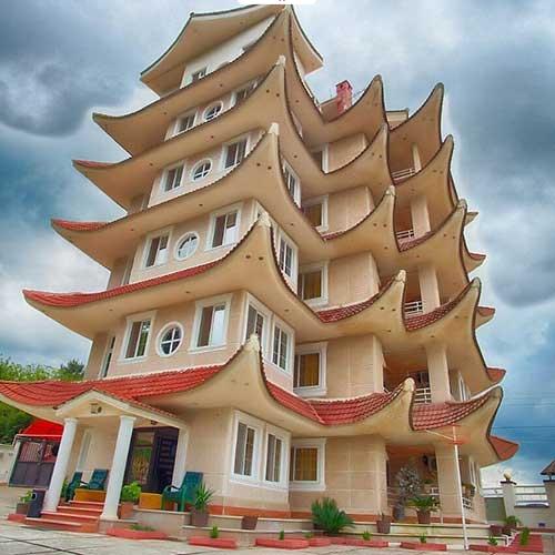 هتل آپارتمان امپراطور لچک لاهیجان